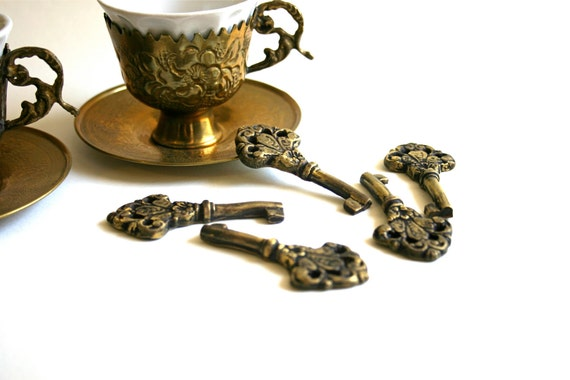 Edible Keys -Chocolate Candy, Antique Inspired Keys- set of 24