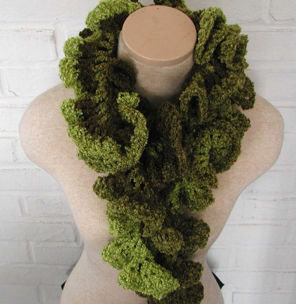This is your scarf on drugs (CRAZAY ruffle scarf) - WITH PATTERN