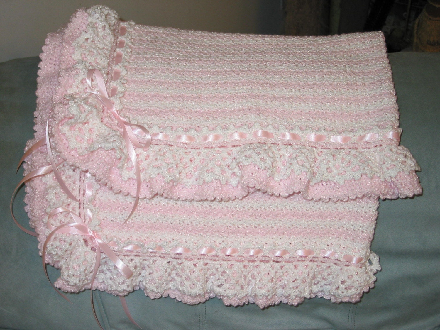 New Free Crochet Baby Afghan Patterns : CROCHET BABY BLANKET AFGHAN ? Crochet For Beginners