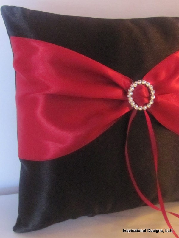 Circle of Love Wedding Ring Bearer Pillow Black and Apple Red Show Other