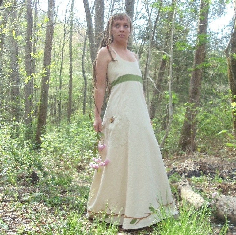 My 39 s blog i know that tightfitting mini wedding dresses for Forest wedding dress vintage