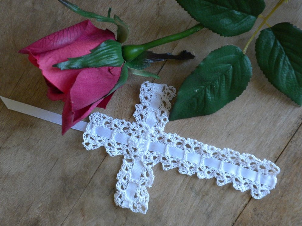 Crochet Cross : CROCHETED CROSS BOOKMARKS Crochet For Beginners