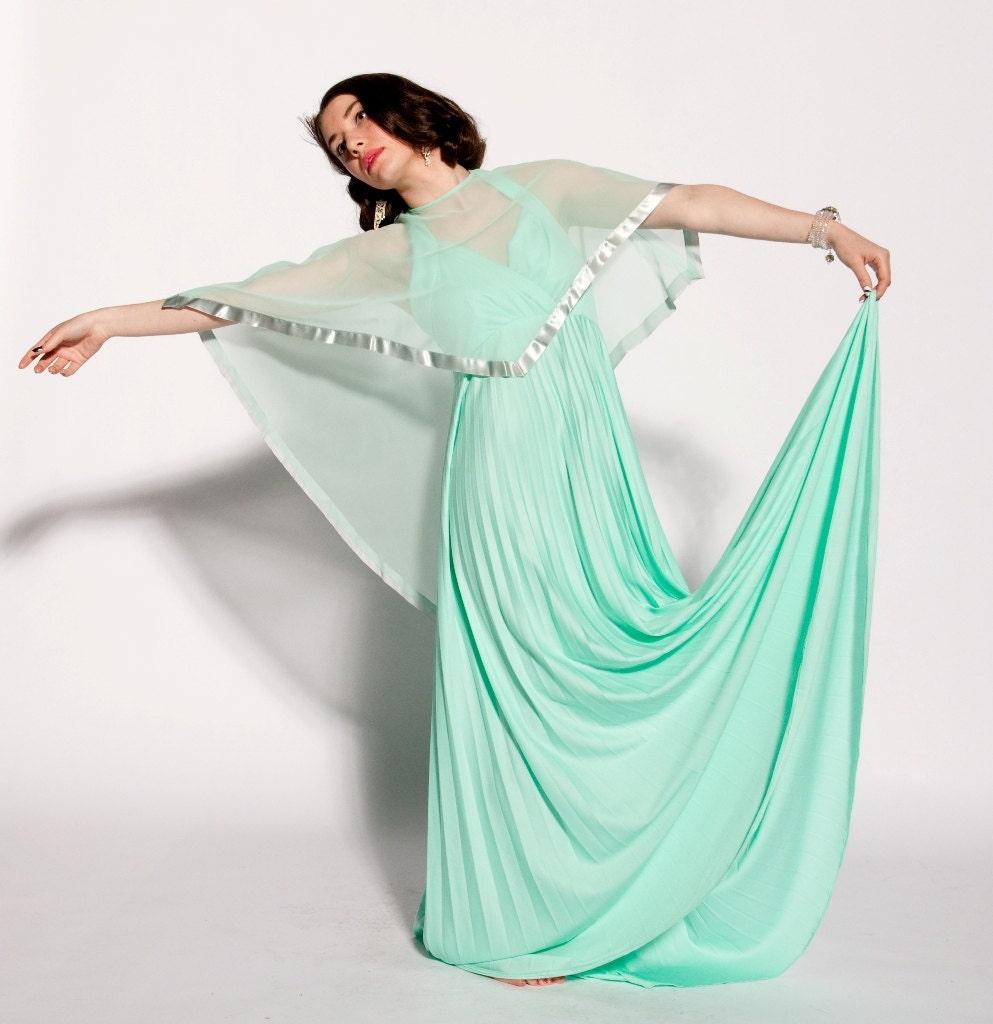 1970s Evening Dress_Evening Dresses_dressesss