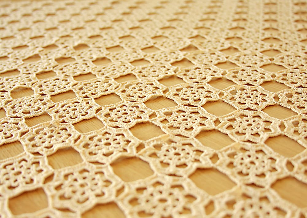 Crochet patterns - crochet tablecloths