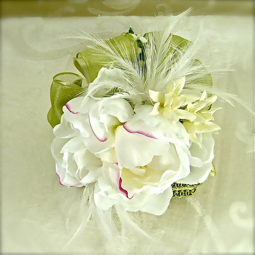 Feathers Peony Wedding favor box gift card box elegantly prewrapped