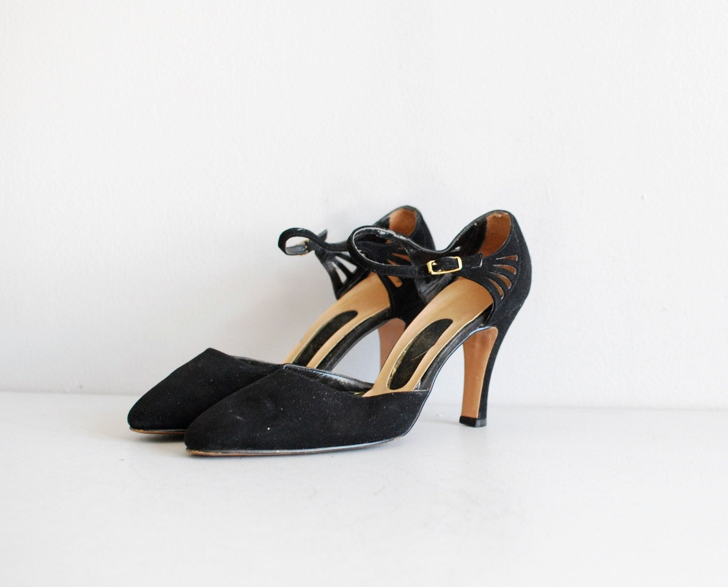 vintage 1950s shoes    black
