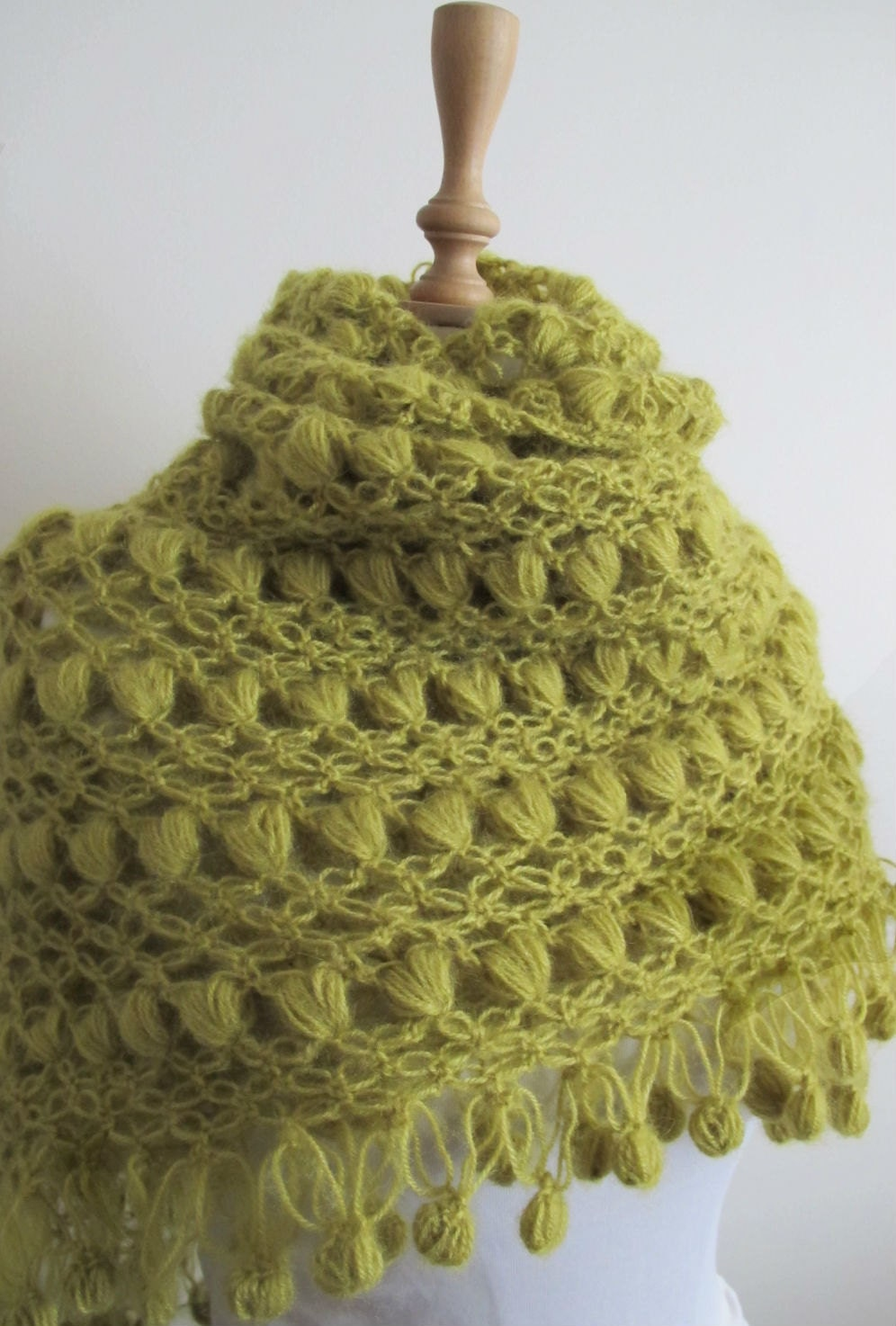 Crochet Or Knit : Free Knit & Crochet Scarf & Hat free online knitting patterns Crochet...