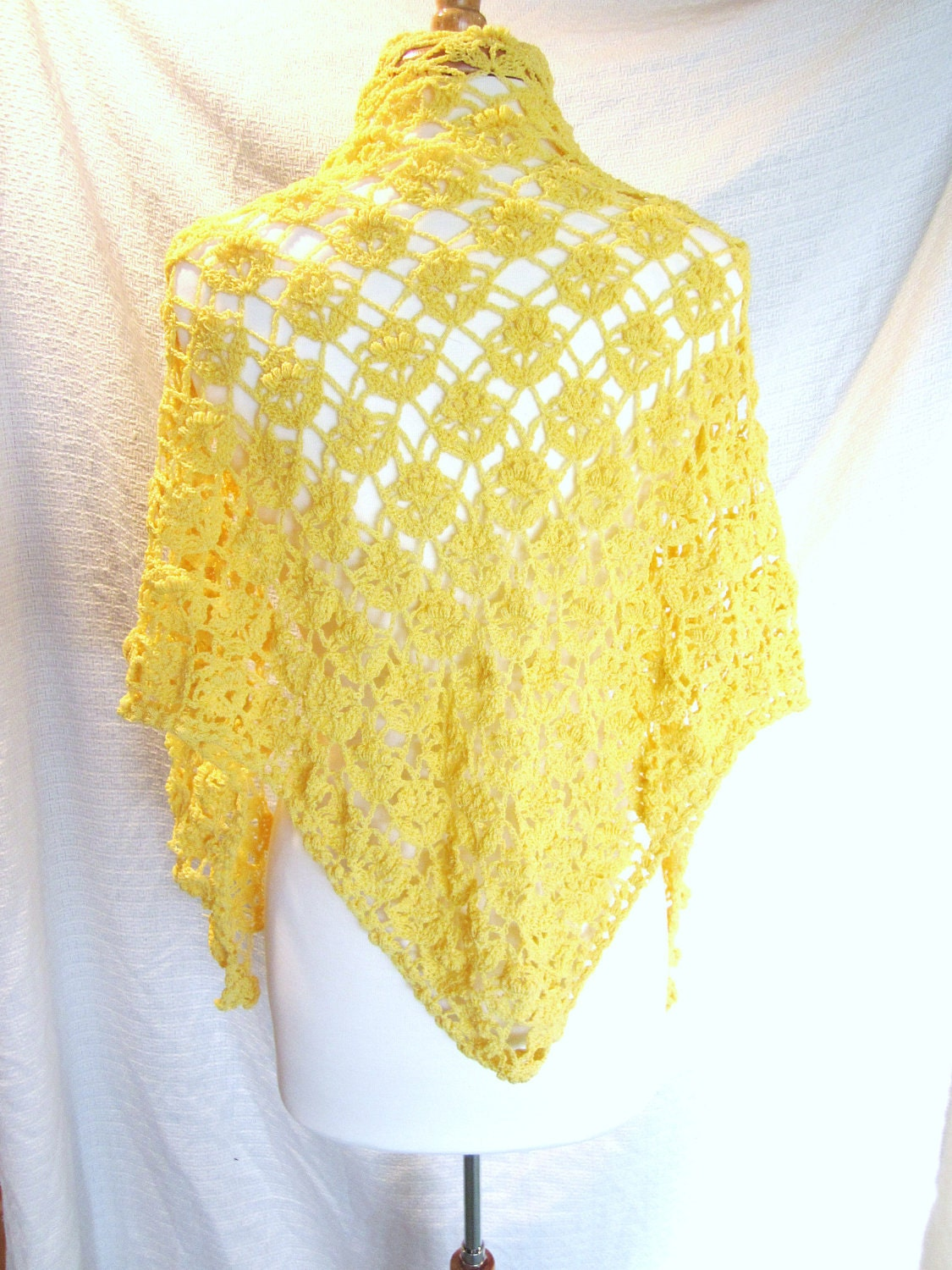Lace triangle shawl crochet pattern squareone for crochet lacey pattern shawl thread free patterns for crochet bankloansurffo Image collections
