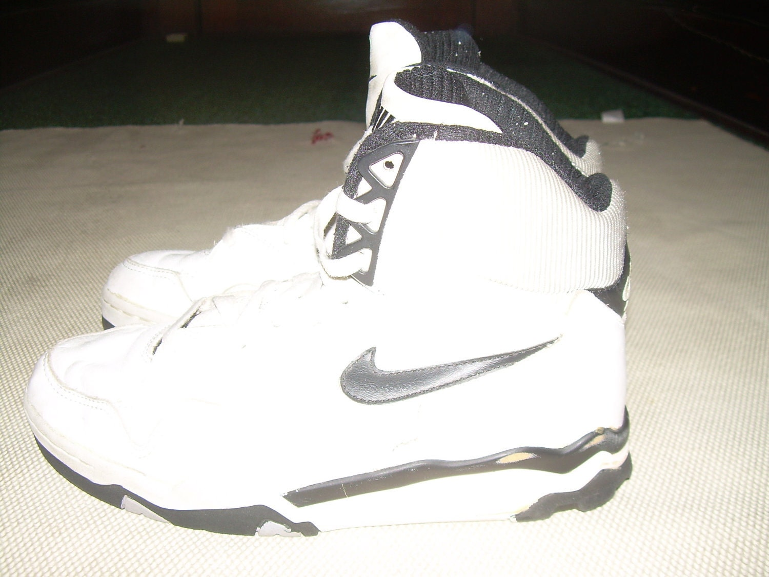 More information about Womens High Top Basketball Shoes on the site
