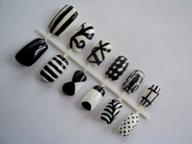 Nails - Fashion photographs | Fashion images, fashion photos